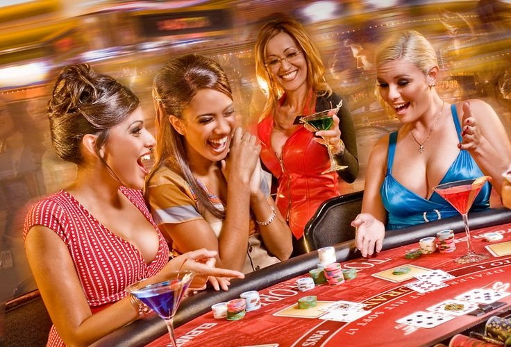 Understanding the Social Benefits of Online Gambling